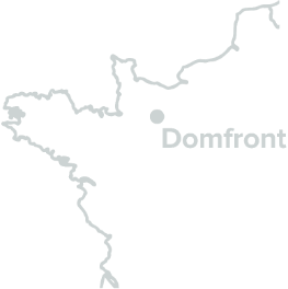 Domfront est situé dans le sud-ouest de la Normandie.